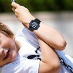 JewelryWe Montre d'Enfant Garçon Sport Electronique Chiffre Cadran 12/24H Lumineux Alarme Multifonctionnel Bracelet Plastique Acier Inoxydable Couleur Bleu