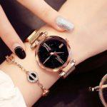 Comtervi Montres de Mode pour Femmes Montre-Bracelet Aimant Aimant Montres-Bracelets Bracelet en Alliage de Quartz Bande de Maille magnétique Beau Ciel étoilé Cadran Poignet Femme Montres