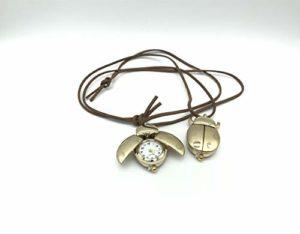 Montre de poche de coccinelle de dessin animé sept étoiles pour enfants Montre de collier de coléoptère de table suspendue