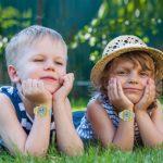 ATOPDREAM Cadeau Garçon 4-15 Ans, Montre Enfant Garcon Cadeaux pour Fille de 4-15 Ans Montre pour Enfants étanche Jouets pour Fille de 4-15 Ans Anniversaire 4-15 Ans Fille (Un Jaune)
